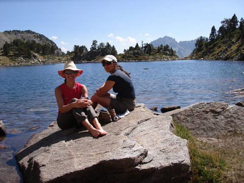 Rest stop at Lac d'Or�don