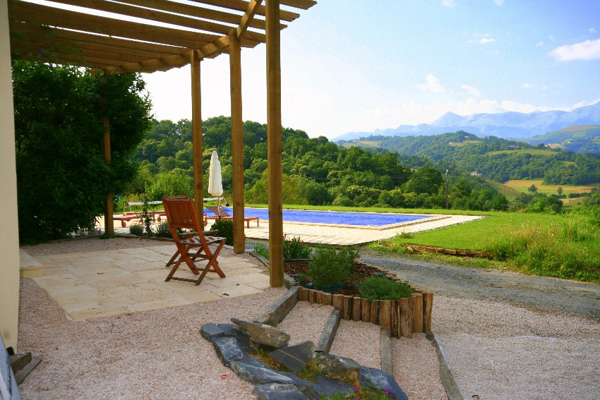 Location of rural holiday studio in French Hautes-Pyrénées